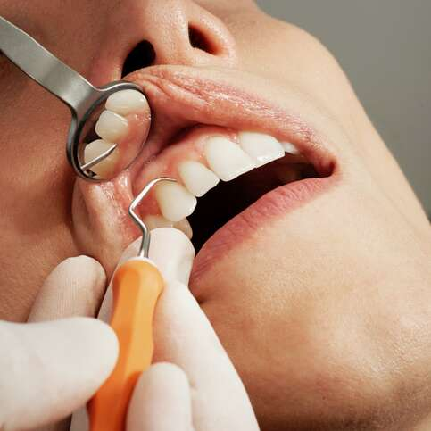 4 Compelling Reasons to Prioritize Regular Toronto Dental Clinic Visits